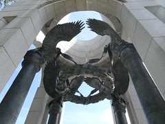 World War II Memorial, The Mall, Washington DC (iainh124a) Tags: iainh124a washingtondc washington districtofcolumbia themall capital capitol sony sonycybershot dschx90 dschs90v cybershot dx90 dx90v