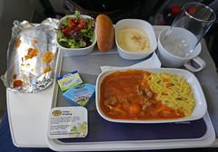 Lufthansa Inflight Meal (SomePhotosTakenByMe) Tags: beef rind meat fleisch salat salad inflightmeal flugzeugessen meal mahlzeit essen food lebensmittel brötchen roll flight flug indoor cheese käse