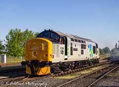 37688 Great Rocks Kidderminster (Erlestoke7812) Tags: diesel locomotive train railway class37 englishelectric 37688 greatrocks d05preservationgroup severnvalley severnvalleyrailway spring dieselfestival gala dieselgala uk ukrailscene ukrailways preservation heritage heritagetraction vintage photography photographer railwayphotographer railwayphotography canon 700d