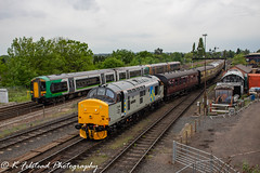 37688 Great Rocks Kidderminster Loop (Erlestoke7812) Tags: diesel locomotive train railway class37 englishelectric 37688 greatrocks d05preservationgroup severnvalley severnvalleyrailway spring dieselfestival gala dieselgala uk ukrailscene ukrailways preservation heritage heritagetraction vintage photography photographer railwayphotographer railwayphotography canon 700d