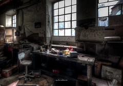 Workbench (Fine ArtFoto) Tags: sonya7riii urbex artfoto gestern dream wwwfineartfotocom urban exploration urbexart urbandecay lost place lostplaces lostplace decay decaying discard discarded old oblivion alt abandoned forgotten vergessen verlassen derelict aufgegeben rotten verottet industry industrie rust rusty iron factory grunge subculture end time last days werkbank arbeitsplatz workbench bench