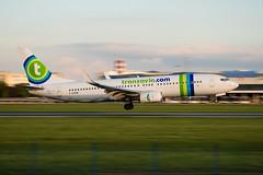 Transavia B737-800 F-GZHB (matousek1199) Tags: lkpr airliner pragueairport prague b738 sunset rwy24