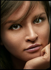 0459 (Epstudio_) Tags: mamiyarz67proii mamiyarz67 rz67 6x45 sekor25045apo analoge film fuji 160ns scan epsonv700 woman portrait