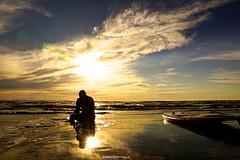 DSC02143 (ZANDVOORTfoto.nl) Tags: sunset sunsets sunsetsilhouette silhouette supper suppen tired sad sky earth water sea shore coast netherlands nederland zandvoort aan zee zandvoortfoto sun zon zonsondergang ondergaandezon