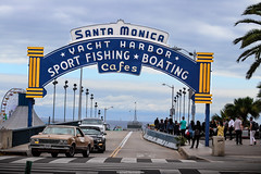 Santa Monica (Mitchell Hermanides) Tags: gim venice beach goldengym goldsgym whey protein bodybuilding muscle tall classic oldschool rust patina awesome pier fishing sport boating food