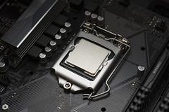 Intel i5-9600K Coffee Lake-R (Arne Kuilman) Tags: intel i59600k i5 9thgeneration asus h370 lga1151 1151v2 cpu corsair coffeelake coffeelaker 370ghz 6cores corei59xxx