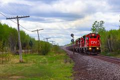 Iron Rangers (BravoDelta1999) Tags: canadiannational cn railway duluthmissabeandironrange dmir railroad ironrangesubdivision ge c408 2002 fayal minnesota searchlight signal taconite ore train