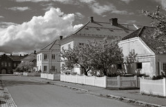 Sunny day in Horten (Geir Bakken) Tags: fomapan200 yashica yashicamg1 blackandwhite clouds sky street houses film filmisnotdead filmphotography 35mmfilm analog analogue analogphotography horten norway