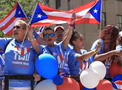 Puerto Rican Parade 2019 NYC (tai_lee2) Tags: parade celebration festival balloon flag banner sign street float new york city puerto rico people person building tree national traditional