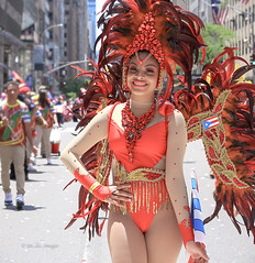 Puerto Rican Parade 2019 NYC (tai_lee2) Tags: parade celebration festival traditional costume national puerto rican feather people person street road building dance dancer flag banner