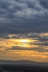 Cuando el sol quiso ponerse (1) (lebeauserge.es) Tags: madrid españa dehesadelavilla atardecer cielo sol nubes
