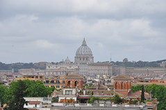 St. Peter's Basilica (Ryan Hadley) Tags: rome italy europe worldheritagesite stpetersbasilica cathedral basilica church dome vatican skyline landscape