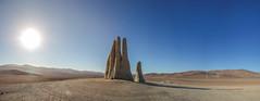 Mano del desierto (Diego_Valdivia) Tags: antofagasta desierto atacama desert chile mano hand escultura sculpture desertscape landscape canon eos 60d nature