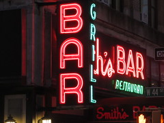 2019 Smiths Bar Restaurant Grill 1061 (Brechtbug) Tags: 2019 smiths bar restaurant grill corner 44th street 8th avenue west nyc 06112019 rush hour pedestrians milling around red green neon light sign hell s kitchen clinton new york city taxi cab hells afternoon evening subway entrance globe film smith