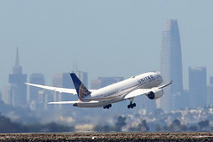 United Airlines 787 Departs SFO (photo101) Tags: ual boeing sfo