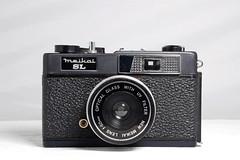 Meikai SL (camera_holic) Tags: meikai sl platic 1960s japanese toy camera viewfinder crapcam 50mm optical glass lens