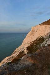 Beachy Head coast (Pixelkids) Tags: cliffs beachyhead eastsussex england sea coast 64explore explored landscape morninglight lighthouse