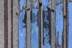 Vertical Blue (Pieter Musterd) Tags: blauw stoel chair kijkduin jutterskeet omejan pietermusterd musterd canon pmusterdziggonl nederland holland nl canon5dmarkii canon5d denhaag 'sgravenhage thehague lahaye abstract