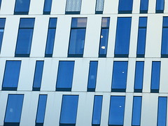 slant (vertblu) Tags: architecture modernarchitecture abstractarchitecture windows blue blueglass facade geometric geometrical geometry asymmetry abstractfeel almostabstract abstractstyle lamps lines linien lookinginto lookingthrough rooms vertblu shifted urban