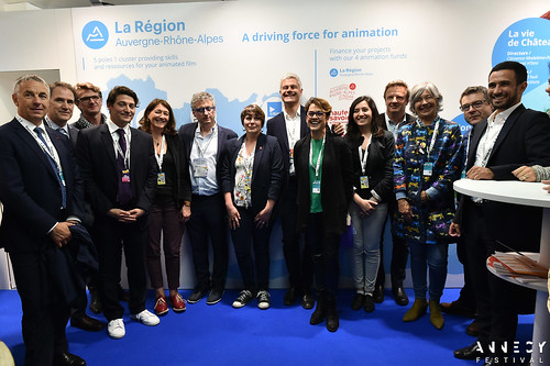 Le Mifa reçoit la visite officielle de/receives an official visit by Jean-Luc Rigaut, Laurent Wauquiez, Annabel André-Laurent, Grégory Faes et/and Florence Verney-Carron.