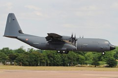 French AF C-130J Hercules arriving at RIAT 18. (scobie56) Tags: lockheed c130j 5836 et 02061 franchecomte orleans french air force armee de lair riat fairford royal international tattoo