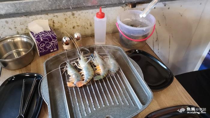 【新北林口】泰蝦pa 水道泰國蝦吃到飽│10米LED流水蝦 自助式燒烤 @魚樂分享誌