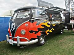 800 Volkswagen Transporter Camper (Mod) Type 1 (c1965) (robertknight16) Tags: volkswagen german germany 1960s transporter camper campervan vendor silverstoneclassic p4sty