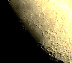 Rupes Recta (Ggreybeard) Tags: moon lunar moonrise terminator rupes recta straight cliff wall rille crater