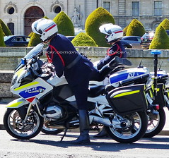 "bootsservice 19 2020910 (bootsservice) Tags: police ""police nationale"" policier policiers policeman policemen officier officer uniforme uniformes uniform uniforms bottes boots ""riding boots"" motard motards motorcyclists motorbiker biker moto motorcycle bmw paris"