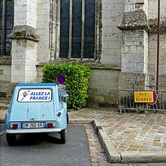 Mortagne-au-Perche, Orne, France (pom'.) Tags: panasonicdmctz101 mortagneauperche orne france 5000 61 europeanunion allezlafrance dyane citroëndyane citroën 2cv 260 dyane6 normandie car vintagecar