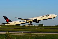 C-FITL (Air Canada) (Steelhead 2010) Tags: aircanada boeing b777 b777300er yyz creg cfitl
