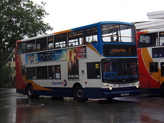 Stagecoach TransBus Trident (TransBus ALX400) 18152 PX04 DPF (Alex S. Transport Photography) Tags: bus outdoor road vehicle stagecoach stagecoachmidlandred stagecoachmidlands alx400 alexanderalx400 dennistrident transbustrident trident transbusalx400 route7 18152 px04dpf