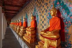 Bangkok – Wat Arun (Thomas Mulchi) Tags: watarun bangkokyaidistrict bangkok thailand bangkokmetropolitanregion buddhisttemple buddha buddhastatue 2018