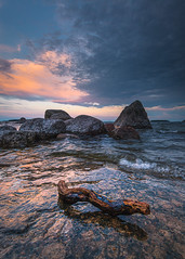 Rocky beach (Jyrki Salmi) Tags: jyrki salmi mussalo kotka finland beach evening rock