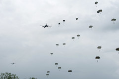Kentucky National Guard (The National Guard) Tags: 123rdairliftwing c130hercules dday dday75 france francedday kentuckyairnationalguard operationneptune operationoverlord unitedstatesairforce saintemèreéglise ain kentucky ky kyng parachute c130 hercules aircraft normandy 75th anniversary paratroopers ng nationalguard national guard guardsman guardsmen soldier soldiers airmen airman us army air force united states america usa military troops 2019