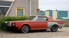 Lincoln Continental 1969 (XBXG) Tags: lincoln continental 1969 lincolncontinental v8 papiermakerstraat wormer nederland holland netherlands paysbas vintage old classic american car auto automobile voiture ancienne américaine us usa vehicle outdoor