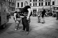 Sizes (Nicolas Winspeare) Tags: candid sony a7r3 bw decisive life manual moment mood pentacon street streetphotography urban