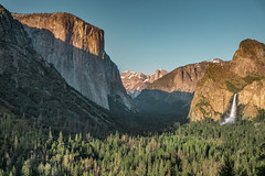 DSC8304 (ste.wi) Tags: yosemite california nationalpark valley waterfall elcapitan bridalveilfall trees mountain sky tunnelview sunset mountains