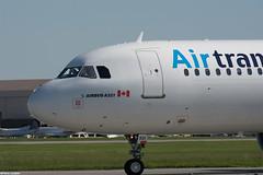 pl08juin18tsa3212 (lanpie012000) Tags: montreal montréal yul cyul airtransat airbusa321211 cgezd