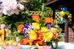 Colourful (Maria Eklind) Tags: flower sweden stockholm flag studentfest älvsjö stockholmslän sverige