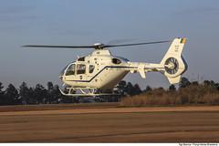 VH-35 (Força Aérea Brasileira - Página Oficial) Tags: fab brasiliadf eurocopter ec135 2017 brasíliadf brazilianairforce ec135t2i asasrotativas aviacaodeasasrotativas aircraft transport vip helicoptero helibras gte helice aeronave helicoter forçaaéreabrasileira forcaaereabrasileira h135 vh35 grupodetransporteespecial organizacaomilitar fotobiancaviol transportedeautoridades brasãliadf forã§aaã©reabrasileira