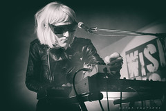 2153 (Ester Vulpiani Photographer) Tags: drab majesty wishlist club roma live clubbing nightclub vaporwave 80s electro synth synthpop electronic concert music show stage band tour euro dream aesthetic sunglasses gig lights concerto musica outsiders ester vulpiani 2019 canon