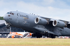 LIL - Boeing C-17A Globemaster III (177705) Canadian Armed Forces (Shooting Flight) Tags: aéropassion airport aircraft airlines aéroport aviation avions décollage departing takeoff variopositif montéeinitiale boeing c17 c17a cc177 natw canon canada canadianarmedforces globemaster 6d photography photos passage piste26 lille lesquin lfqq lil lillelesquin rcaf arc 177705 royal canadian air force