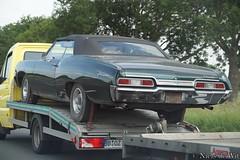1966 Chevrolet Impala Convertible (NielsdeWit) Tags: nielsdewit car vehicle a12 highway motorway snelweg trailer 1966 chevrolet impala convettible green