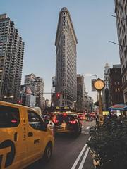 Flatiron, NYC (Wolvee) Tags: mobile street iphone city nightlife nyc newyork taxi fifthythird