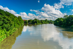 from skp-mm (skp-mm) Tags: 24mm badcannstatt fluss green himmel landscape landschaft nature neckar polfilter skyblaublue sommer water wolken grün ndgradientfilter stuttgart badenwürttemberg deutschland