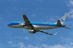 E190_KLM_Cityhopper_PH_EZV_JDB_8276 (Jan van der Heul) Tags: schiphol schipholairport civilaviation aircraft airplane eham ams