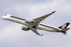 Singapore Airlines - Airbus A350-900 (David B. - just passed the 7 million views. Thanks) Tags: airbus aircraft airport airplane air toulouse hautegaronne midipyrénées occitanie france plane flight fly flying avion aviation avgeek sony 100400mm 100400 fe100400mm sonyfe100400mmf4556gmoss a6000 sonya6000 sonyalpha6000 sky takeoff takingoff runway a350xwb a350 a350900 a350941 airbusa350900xwb airbusa350900 singapore singaporeairlines 322 msn322 fwzfl 9vshi