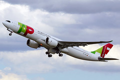 TAP Portugal - Airbus A330-900 (David B. - just passed the 7 million views. Thanks) Tags: airbus aircraft airport airplane air toulouse hautegaronne midipyrénées occitanie france plane flight fly flying avion aviation avgeek sony 100400mm 100400 fe100400mm sonyfe100400mmf4556gmoss a6000 sonya6000 sonyalpha6000 sky takeoff takingoff runway a330900 a330neo airbusa330 airbusa330neo airbusa330900 a330 tap portugal cstuh 1906 msn1906