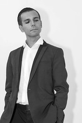 Portrait (advitam007) Tags: bisexuel bi beau bisexual cute gay gorgeous hétéro homo hetero homosexual hétérosexuel heterosexual homosexuel homme handsome imberbe jeune male mâle mec man muscle sexy straight sex sexe young portrait